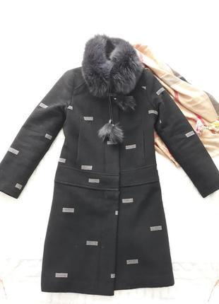 Зимнее пальто с натуральным мехом размер s-m