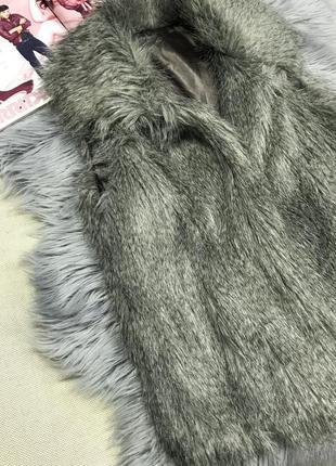 Меховая жилетка, жилетка