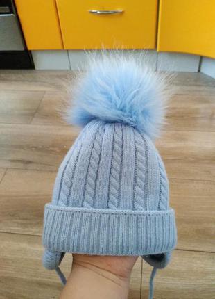 Демисезонная шапочка для малыша