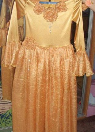 Платье праздничное (на новог. или выпускной утренник) для девочки
