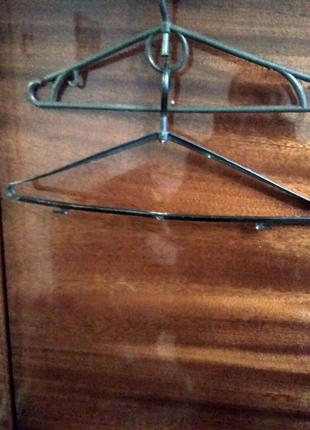 Тремпеля для одежды