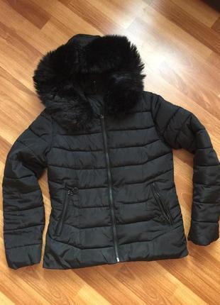 Дутая зимняя демисезонная куртка пуховик с капюшоном весна/осе...
