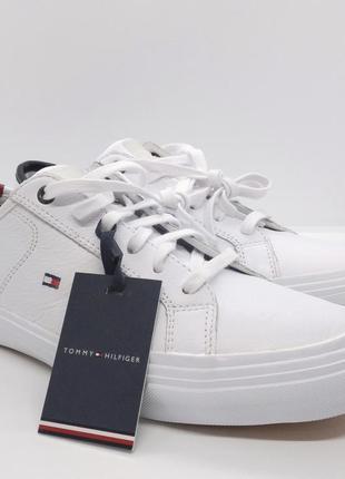 Шикарные кожаные белые кроссовки мокасины кеды tommy hilfiger ...