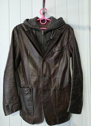 Шкіряна чоловіча куртка