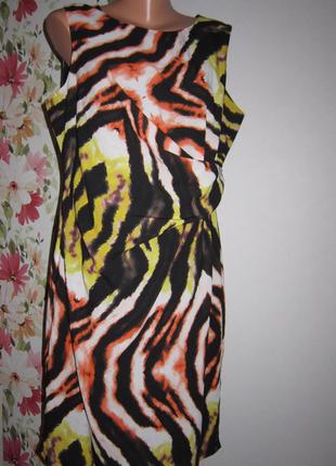 Яркое платье marks&spenser с драпировкой на боку