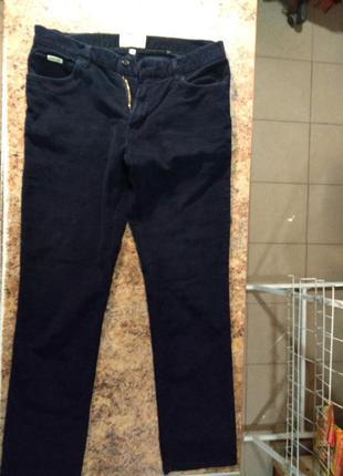 Продам вельветовые джинсы Racing Green