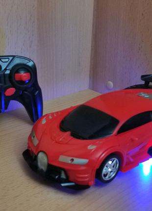 Машинка-трансформер Bugatti робот на радиоуправлении Новые!