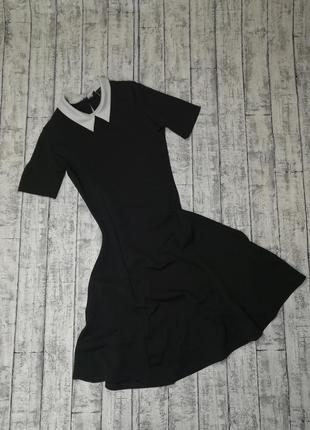 Платье стильное на стройную девушку