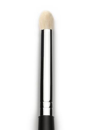 Кисть-карандаш для теней Armee Beaute №52