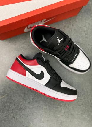 Женские кроссовки Nike Air Jordan Low  1 Red / Black топ качество