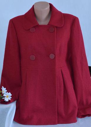 Брендовое розовое демисезонное шерстяное пальто с карманами ge...