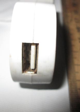 Авто адаптер питания USB
