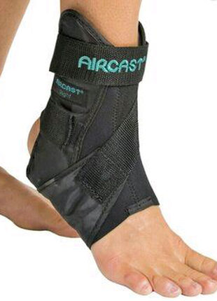 Фиксатор бандаж для голеностопа,ортез Aircast,разм L правый