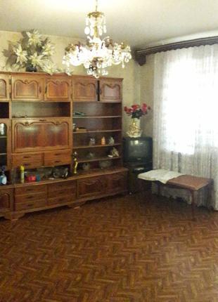 Продам 3-х комнатную квартиру в 12-ти этажном доме