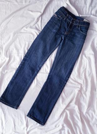 Прямі джинси