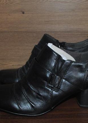 Ботильоны женские на каблуке из натуральной кожи tamaris 1-244...