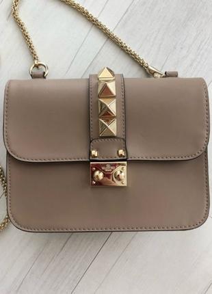 Качественная кожаная  сумка Valentino