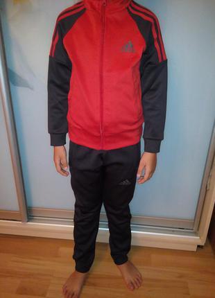 Спортивный костюм adidas р 128-146