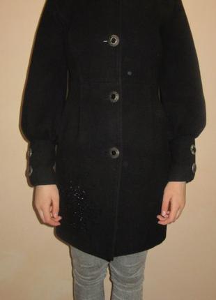 Пальто черное, размер 42