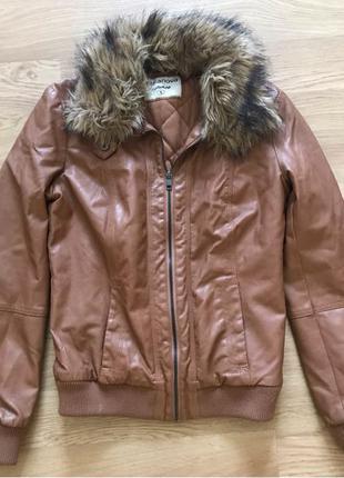 Демисезонная женская куртка (эко кожа)