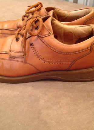 Добротный и лёгкие кожаные туфли бренда venturini, р. 42 (42,5)