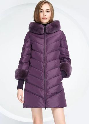 S ( 42/44) роскошный стильный пуховик пальто 90% пух  лилового...