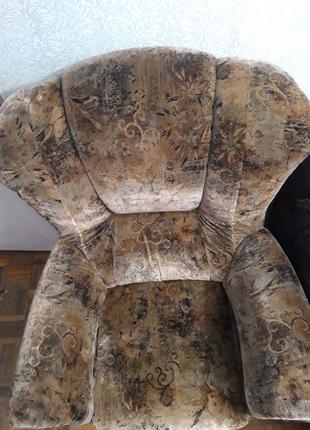 Продам мягкие кресла