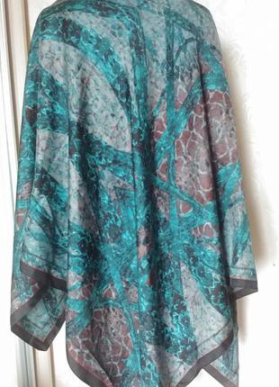 Шелковый большой 131/131 см  платок, палантин, шарф ,шелк