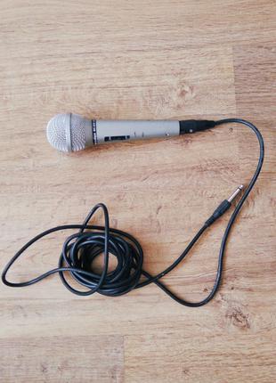 Динамический микрофон Meridian. Микрофон караоке.