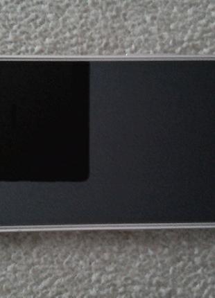 Продам смартфон Samsung Galaxy J1 6