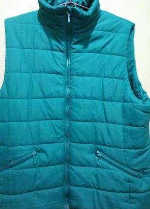 Красивая и качественная жилетка и куртка двухсторонняя