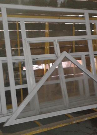 Пирамида для готовых пвх изделий