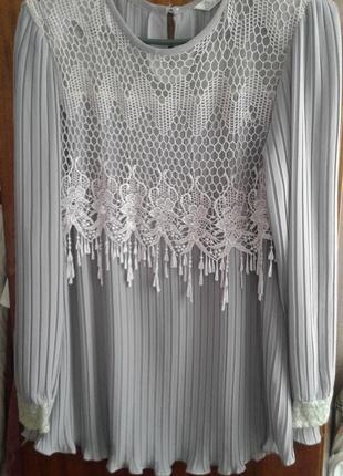 Оригинальная блузка плиссе в отличном состоянии