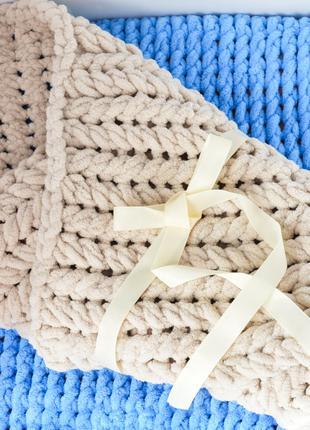 Детский вязаный плюшевый плед - конверт на выписку, одеяло 85*85