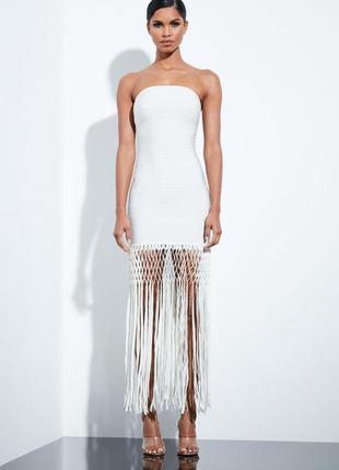 Премиум коллекция бандажное молочное платье с бахромой