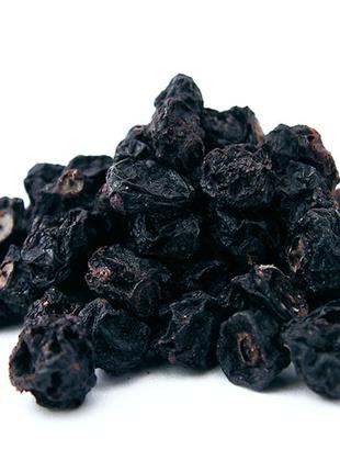 Смородина черная ягода