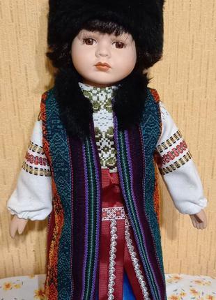 кукла фарфоровая козак  45 см