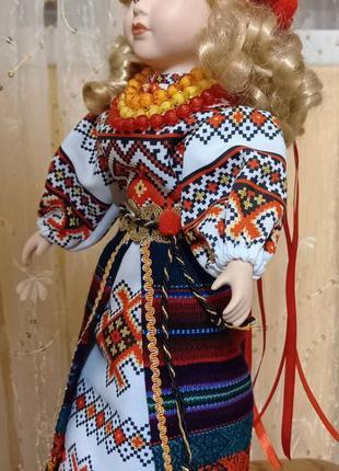 Кукла сувенир украинка фарфор 43 см