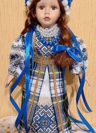 Кукла украинка сувенир фарфор 43 см