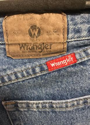 Широкие штаны Wrangler