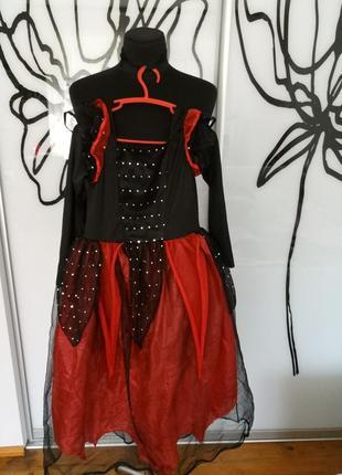 Карнавальный, костюм на хеллоуин вампирша, королева, ведьмочка