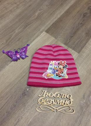 Теплая  двойная шапочка с акрила  , принт- диснеевские персонажи