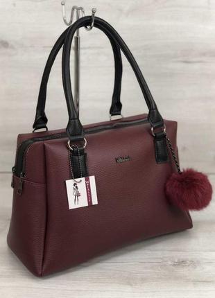 Женская вместительная сумка бордового цвета