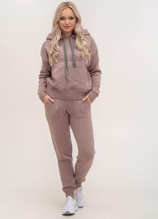 Костюм вязаный прогулочный свитер и брюки