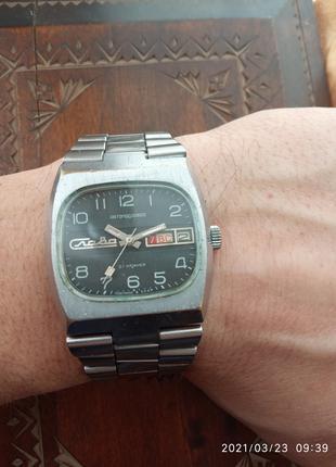 Часы Слава танк