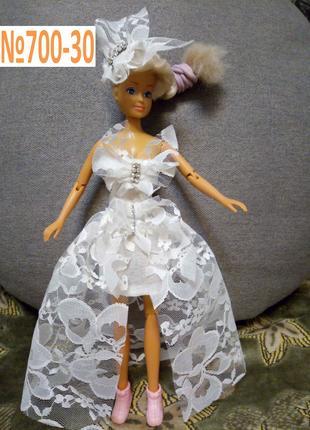 Платье для куклы Барби и ей подобных