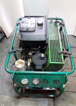 Винтовой компрессор Atmos PB 80