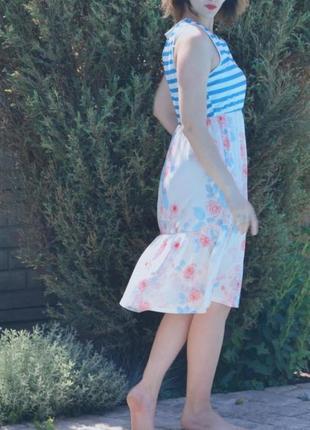 Платье летнее белое, светлое, полоски с цветочками