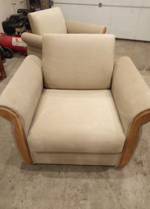 Перетяжка и реставрация мебели любой сложности