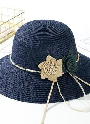 Шляпа женская летняя.
